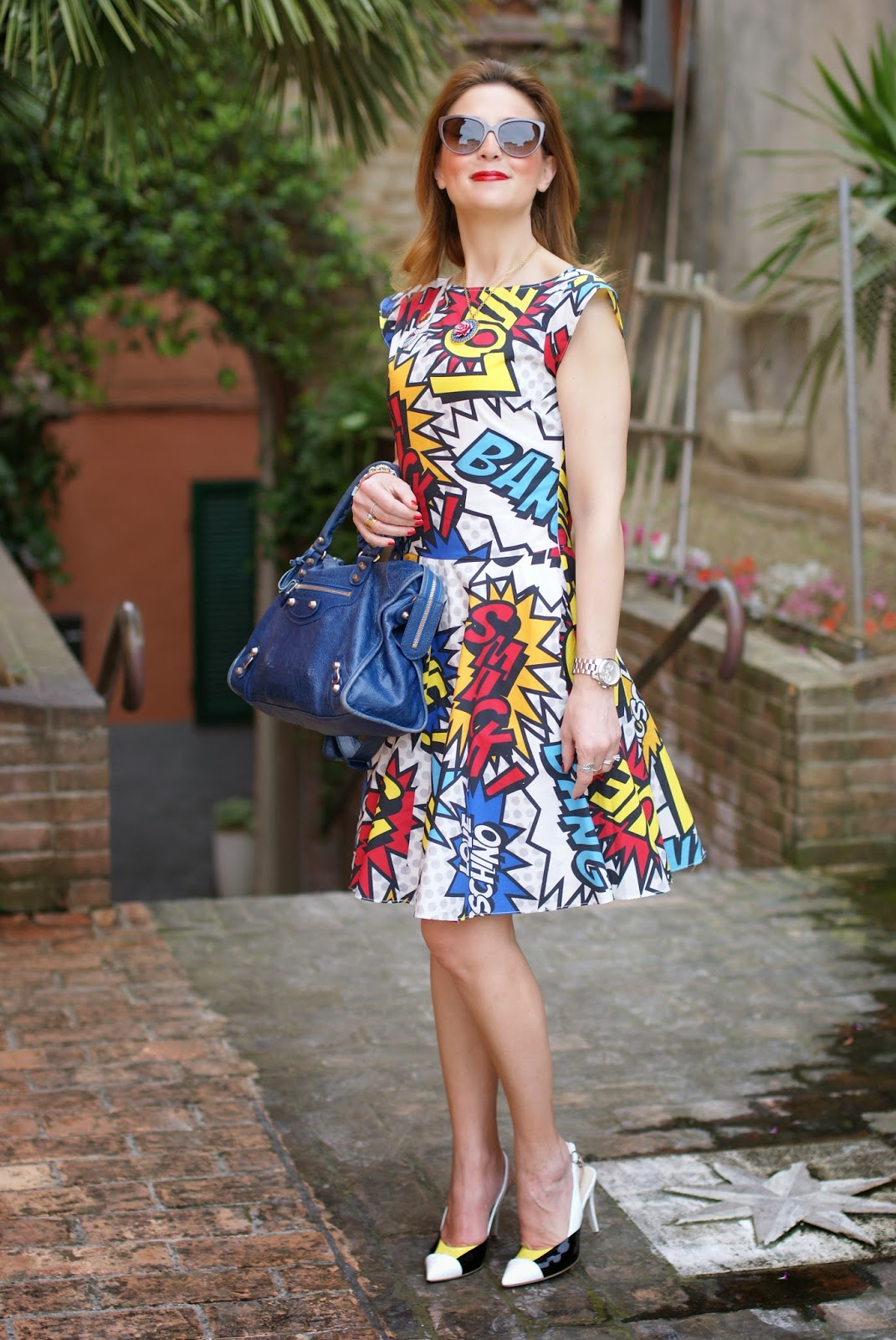 Comics print dress, Love Moschino comics dress, Loriblu heels, Balenciaga city blue, Fashion and Cookies, fashion blogger