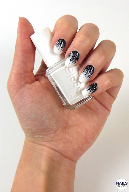"Genutze Produkte sind: Essence Studio Nails 24/7 Nail Base -  Essie ""Blanc"" -  P2 ""Eternal"" -  Essie ""Ignite The Night"" - Seche Vite Dry Fast Top Coat -  Dünner Pinsel"