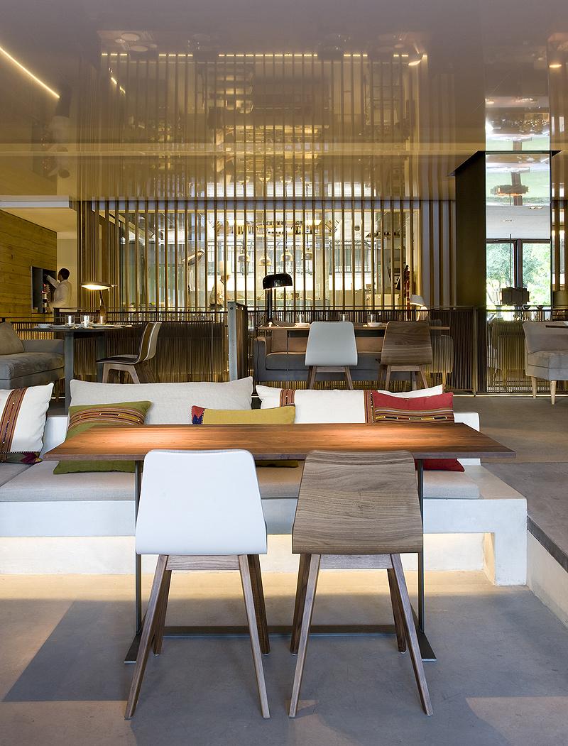Interiores minimalistas sandra tarruella dise a luzi for Interiores minimalistas