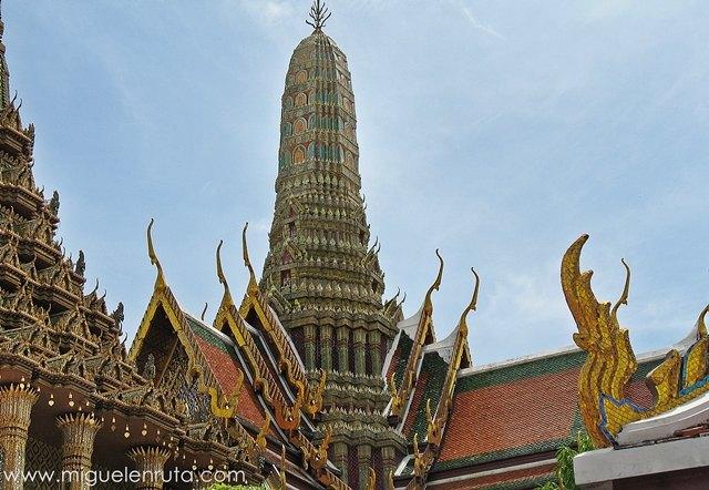 Prasat-Phra-Thep-Bidon-2