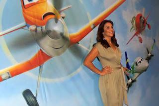 Ivete Sangalo - Aviões - Disney