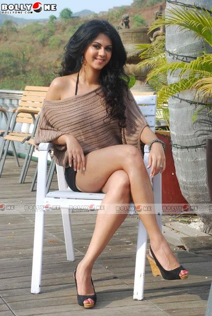 Model Actress Bollywood Hot Kamna Jethmalani