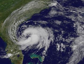 Immer-noch-nicht-tropischer-Sturm BERYL: Es geht los in Florida, Georgia und South Carolina, Beryl, aktuell, Florida, South Carolina, Georgia, USA, US-Ostküste Eastcoast, Hurrikansaison 2012, Atlantische Hurrikansaison, Atlantik, Mai, 2012, Satellitenbild Satellitenbilder, Vorhersage Forecast Prognose, Verlauf,