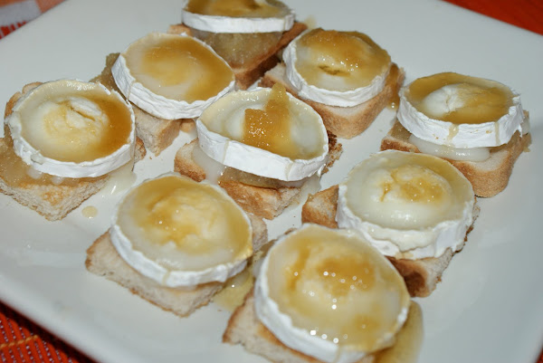Canapes con cebolla caramelizada 2 cocinar en casa es for Canape de pate con cebolla caramelizada
