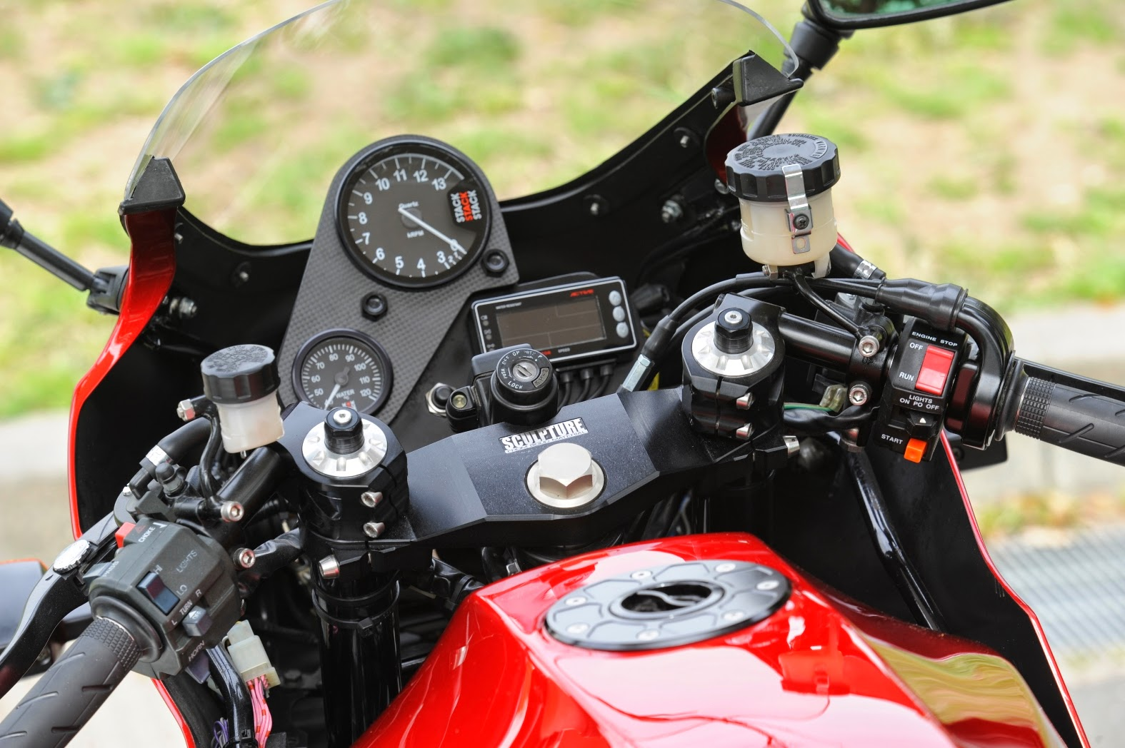 Racing Cafè: Kawasaki GPZ 900 R RCM-116 Sport Package Type