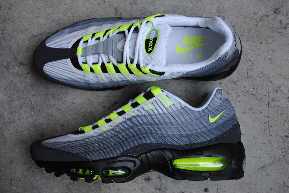 nike air max 95 premium tape qsc