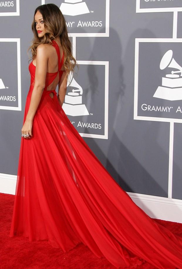 gos grammy awards 2013 get rihannas red dress look