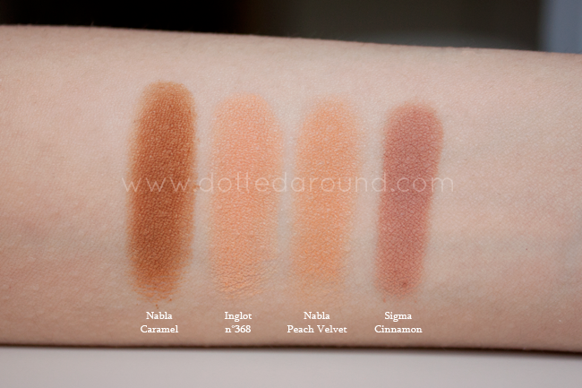 Nabla peach velvet swatch