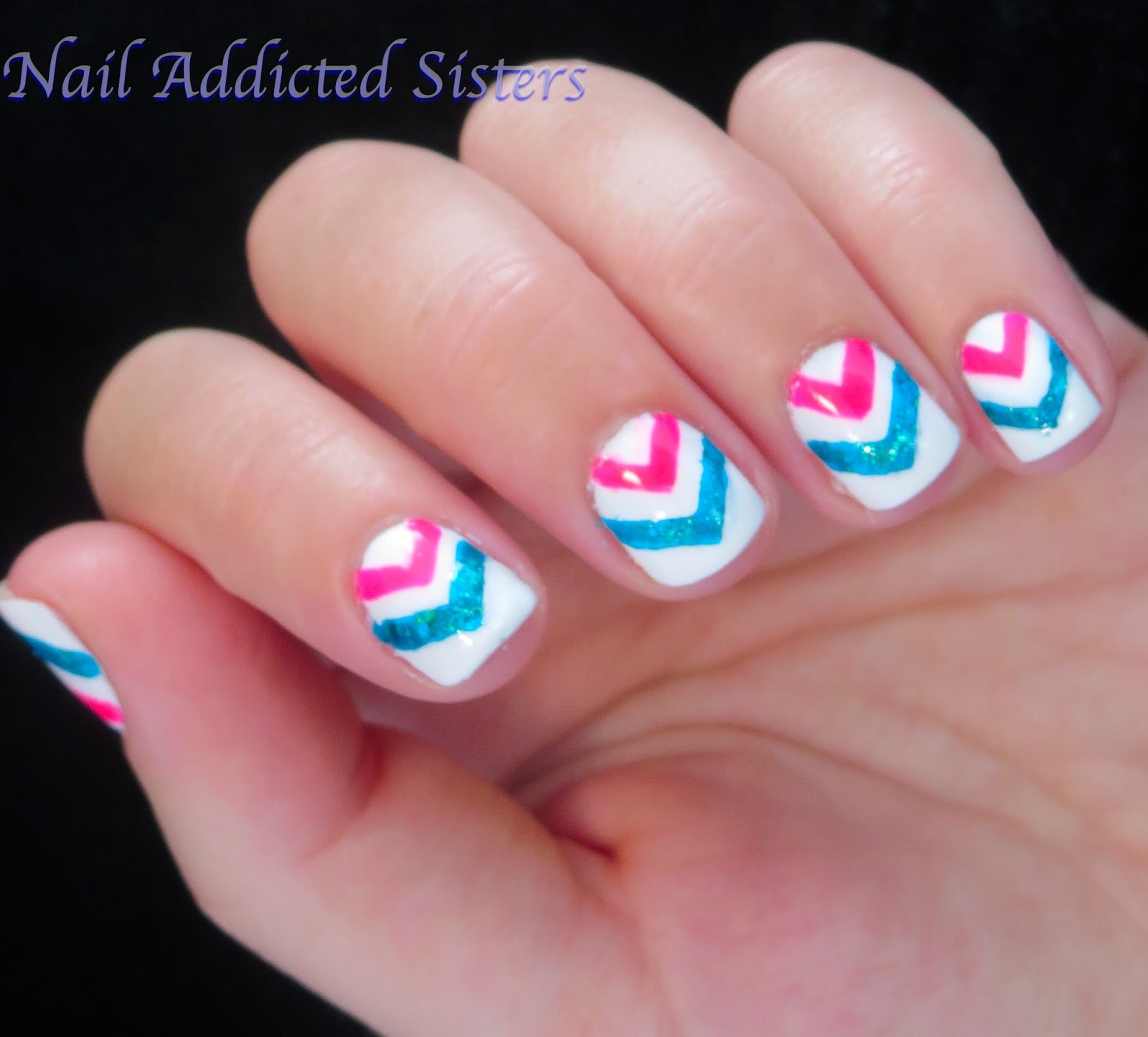 Nail Addicted Sisters: I Never Want Summer to End... Neon Chevron