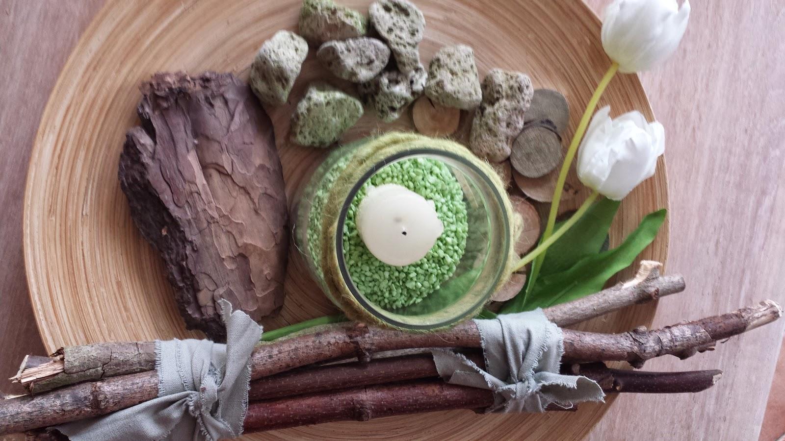 Kerzen, Holz, Äste- Dekoration