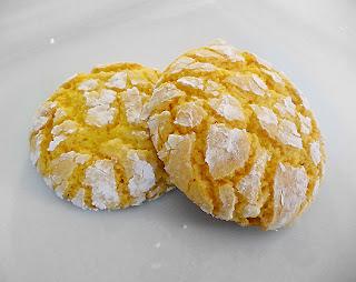 http://3.bp.blogspot.com/-vnqoX1mPjyQ/TfEz6qq5w9I/AAAAAAAACng/IF4MwNH6wcE/s1600/lemon-cookies-main2.jpg