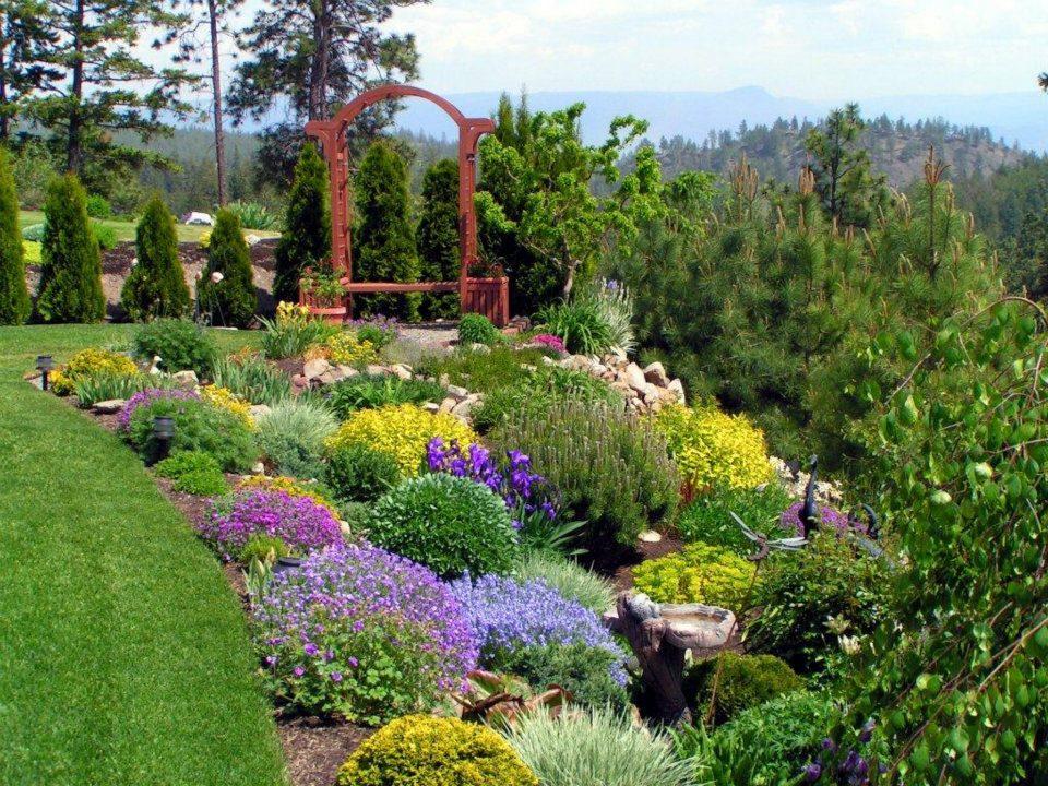 Arte y jardiner a elementos del jard n - Elementos decorativos para jardin ...