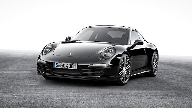 In elegant black: Porsche Boxster and 911 Carrera Black Edition