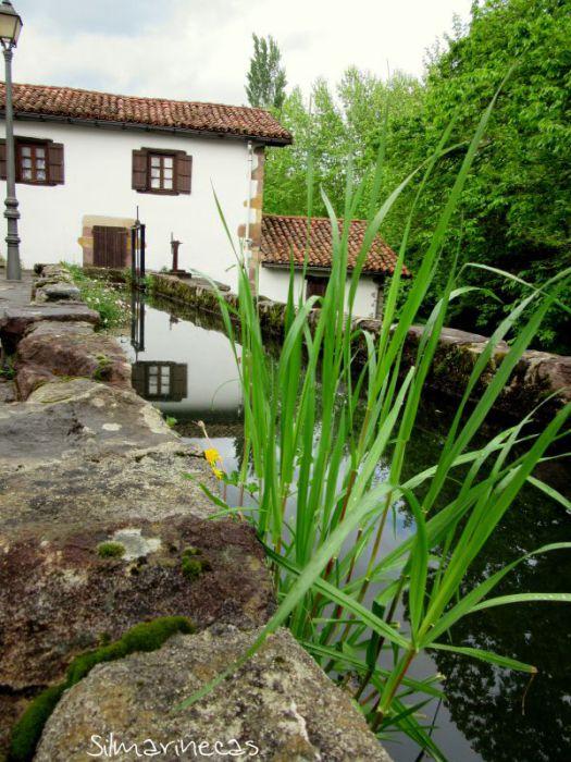 Canal y molino de Urdax