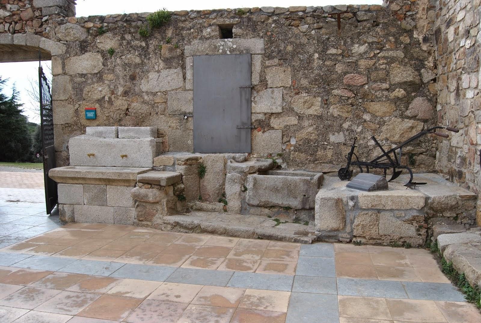 renovació de la font (pati interior)