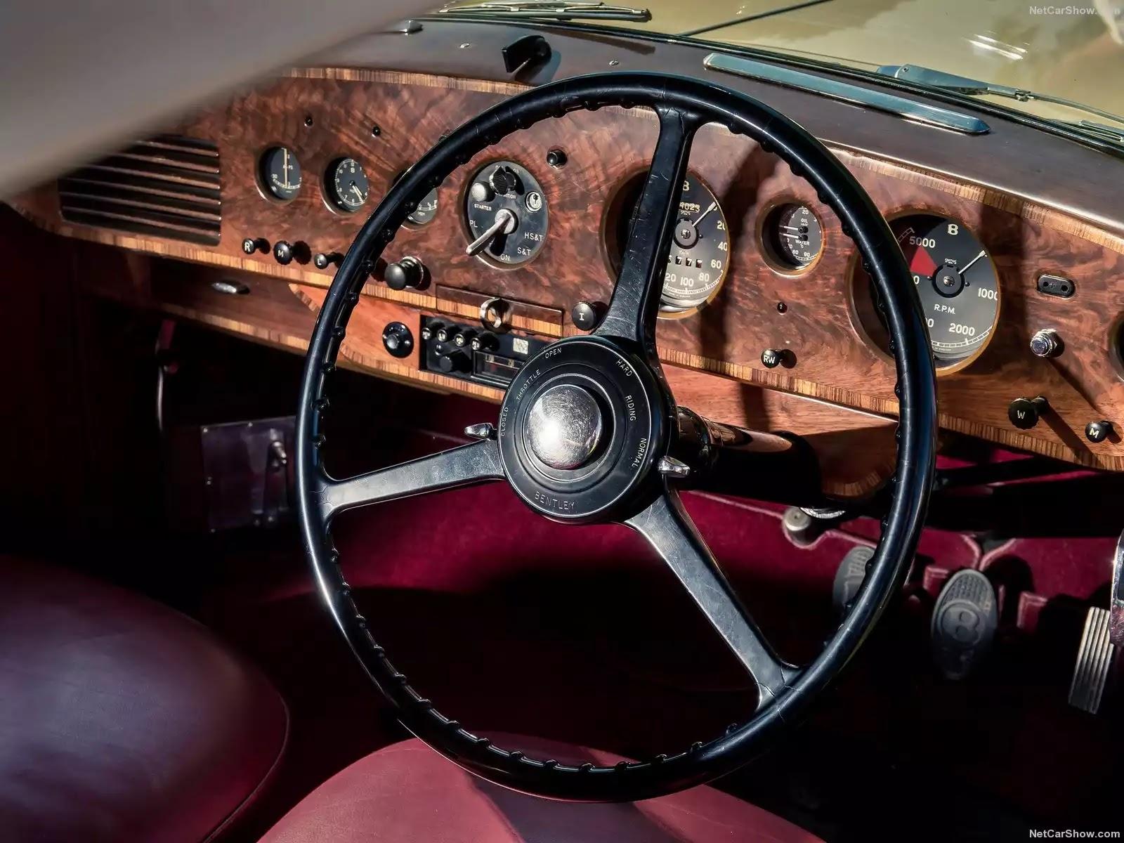 Hình ảnh xe ô tô Bentley R-Type Continental 1953 & nội ngoại thất