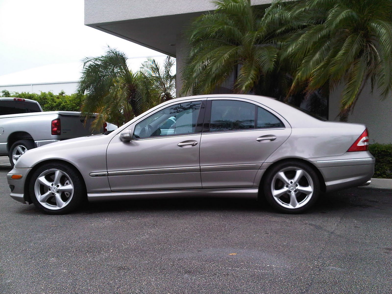 Awesome motors inventory 2006 mercedes benz c230 sport for Mercedes benz c230 sport