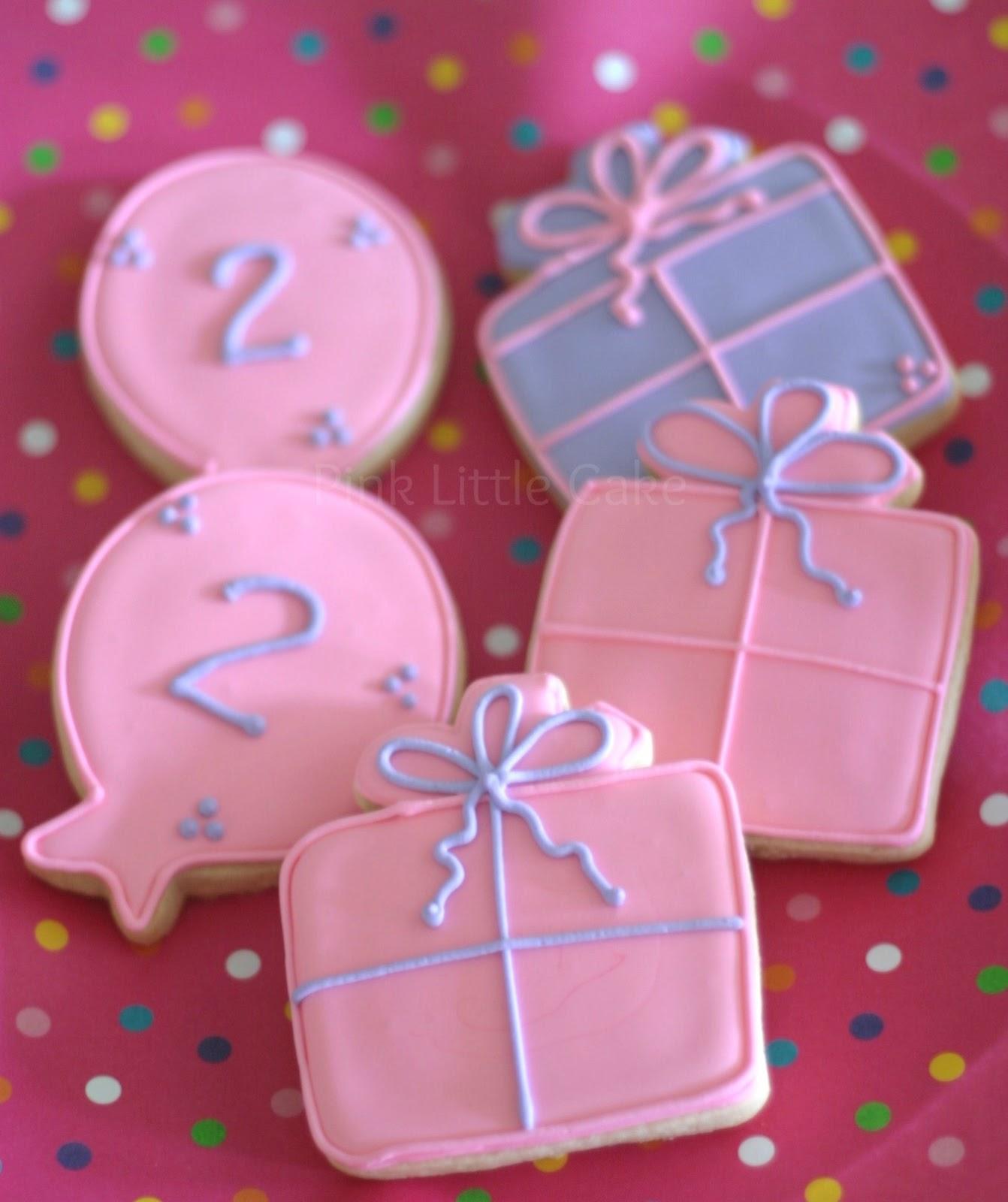 My Pink Little Cake: Pink and lavander Birthday Cookies