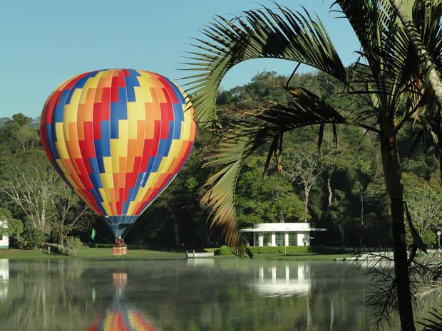 Sonhar com balão sonhar que esta em um balão