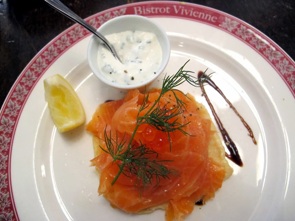 Smoked salmon starter at Bistrot Vivienne, Paris