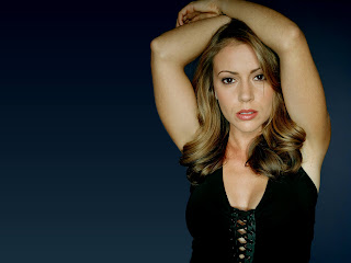 Beautiful American Actress: Alyssa Milano 1600 X 1200 Picture Gallery