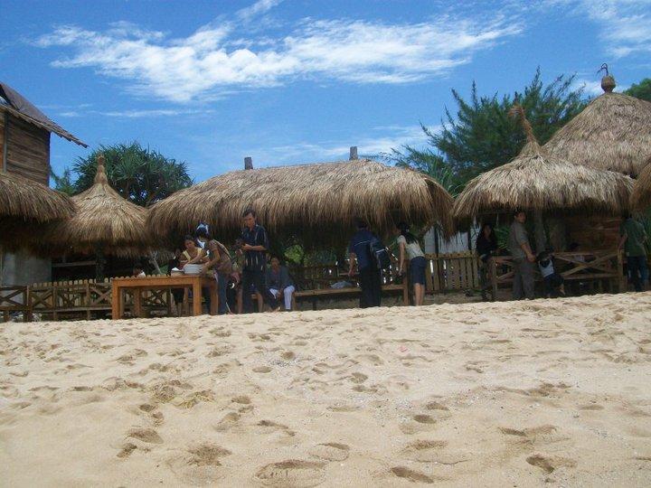 Lokasi Pantai Indrayanti jika di tempuh dari kota Yogyakarta