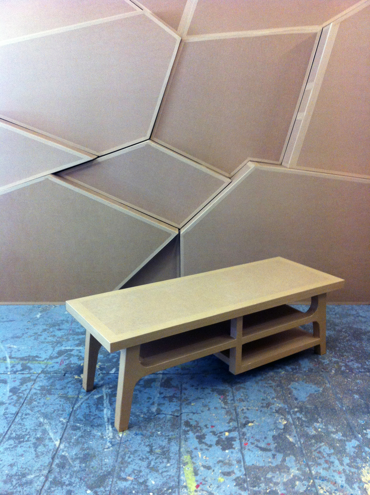 Juliadesign meuble en carton table basse - Table basse en carton ...