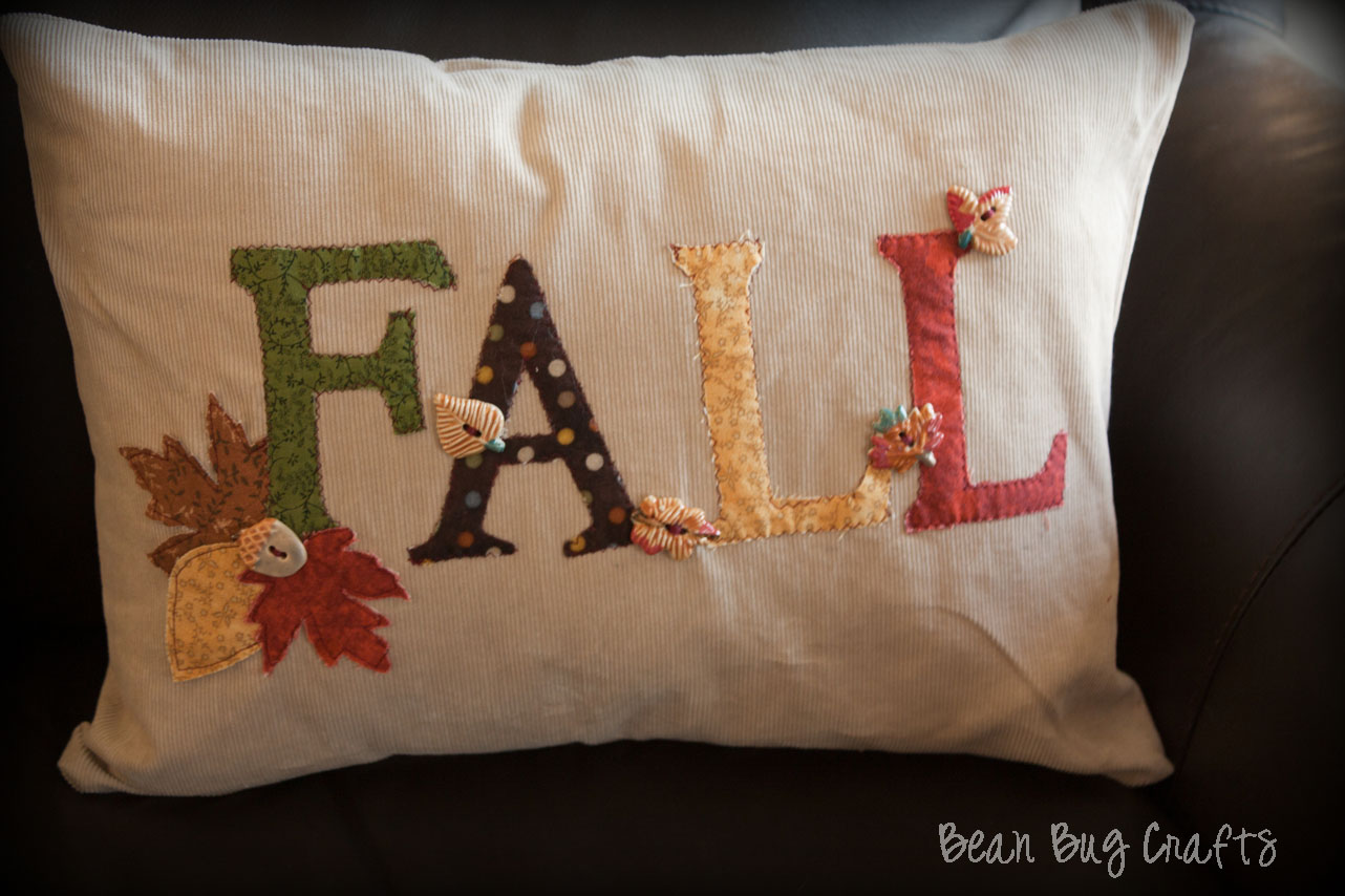 Decorative Pillows For Fall : BeanBugCrafts: Easy Fall Applique and Envelope Pillow Cover