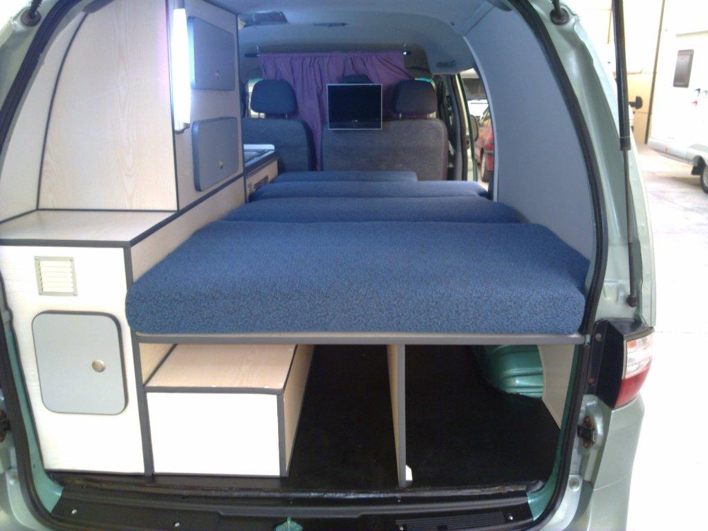 hyundai h1 als camper. Black Bedroom Furniture Sets. Home Design Ideas
