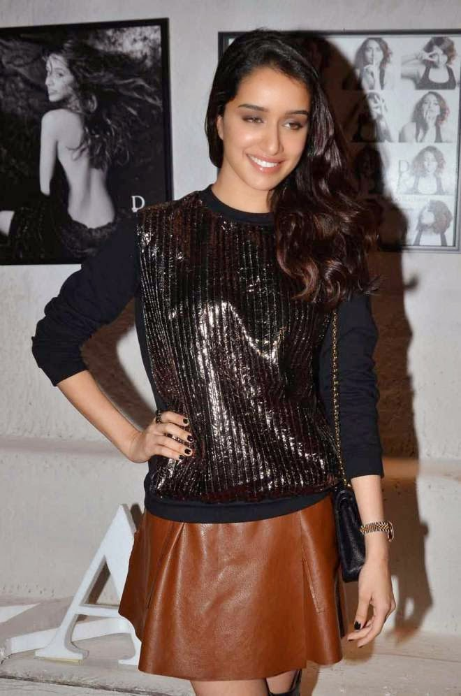Shraddha Kapoor HD Hot Short Skirt Photos