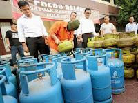 Sat Reskrim Polresta Medan Gerebek Pengoplos Gas Bersubsidi