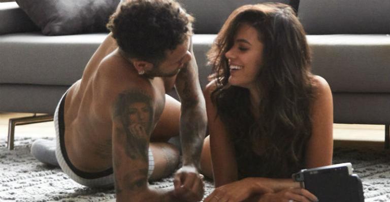 Neymar Jr. leva bronca após expor momento íntimo com Bruna Marquezine