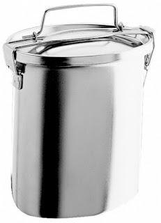 Portavivande recipiente atto a contener il cibo mantenendolo caldo