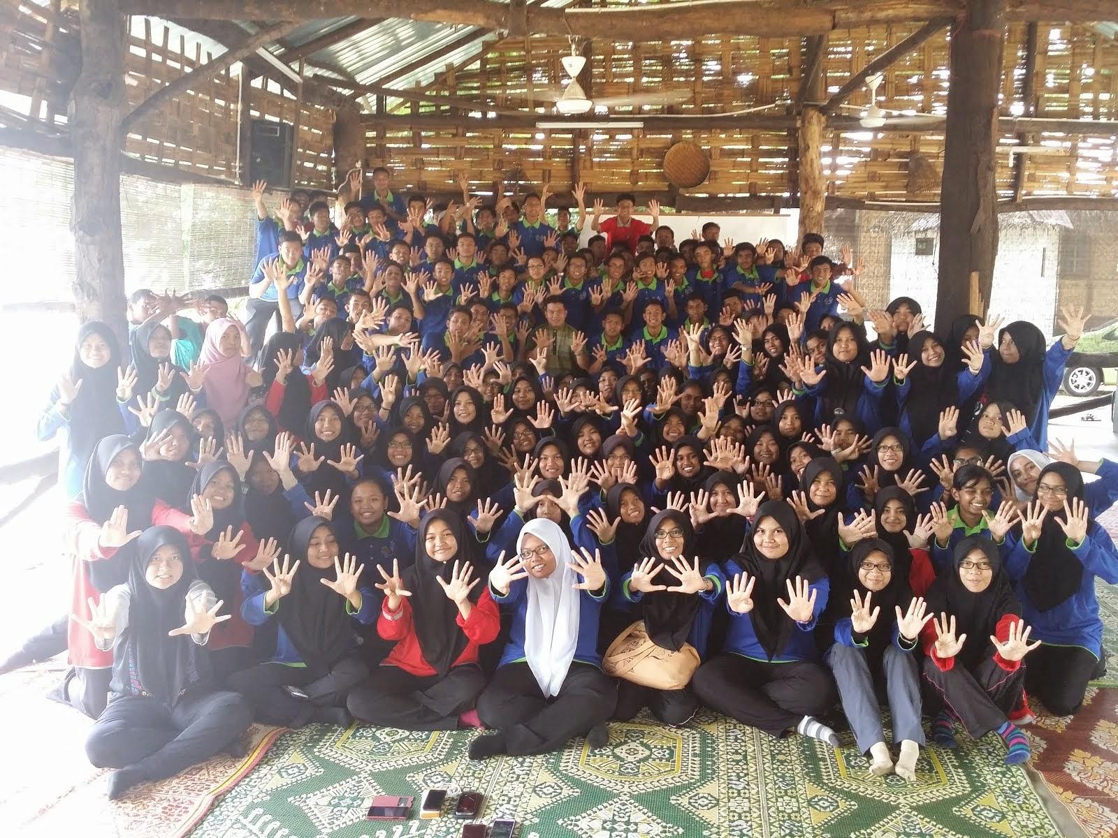 Bersama Form 5 MRSM PDRM 2015
