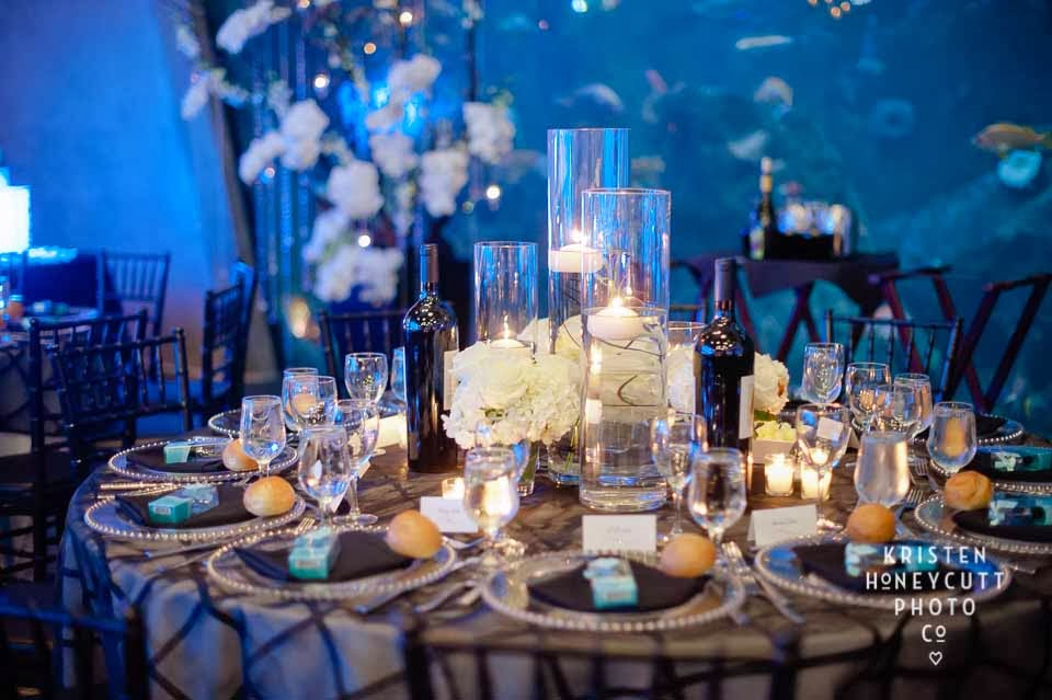 Seattle Aquarium wedding, black and white wedding, candle centerpiece
