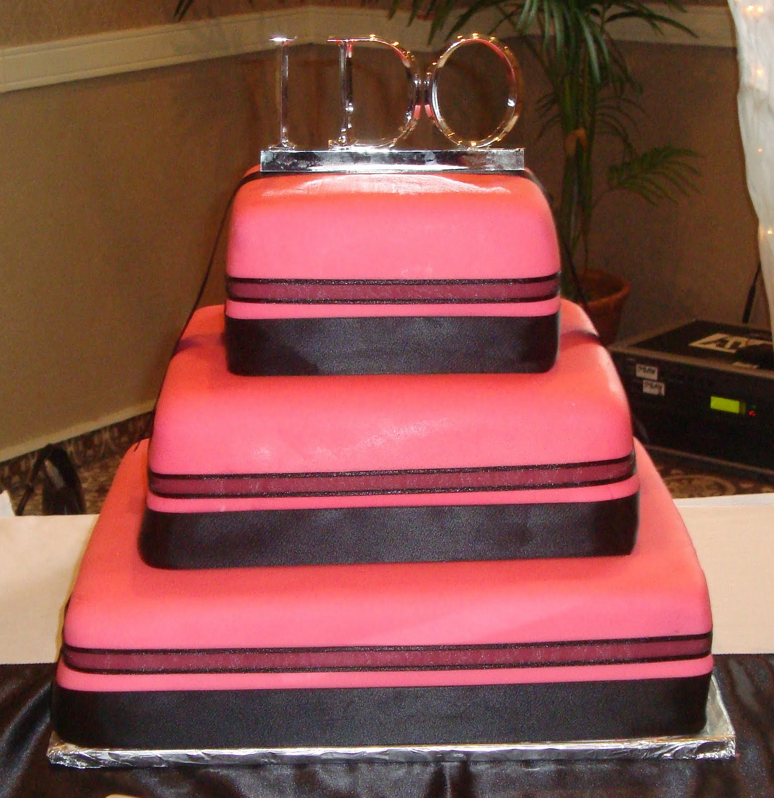 Cakes By Alissa: Pink and Black Square Wedding Cake August 2009
