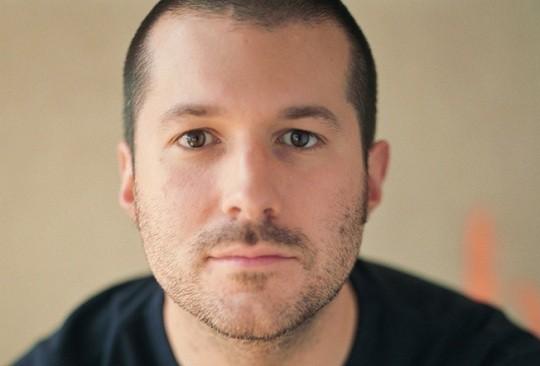 Jonathan Ive lead photo