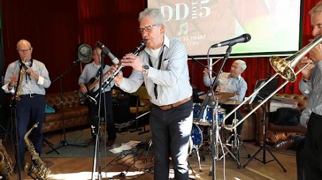 DDHot5 in Restaurant Post - Dordrecht
