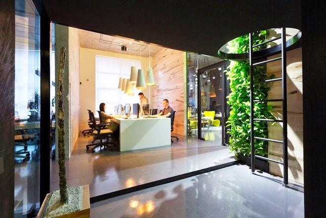 Oficina y showroom taller arquitectura sergey makhno for Interior oficina
