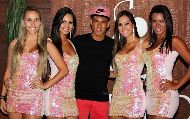 Fotos de Neymar. I'm a believer. Neymar+fiesta