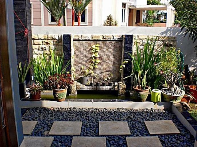 desain teras rumah dengan batu alam