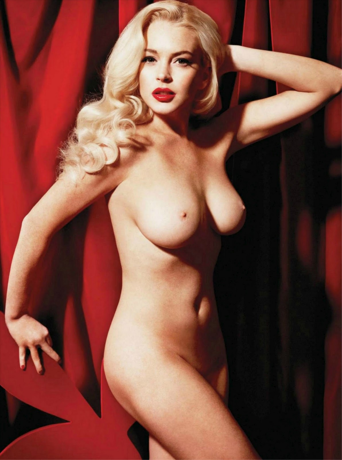 Lindsay Lohan Poses Nude For Playboy Magazine January