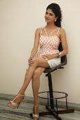 naveena latest glam pics-thumbnail-13