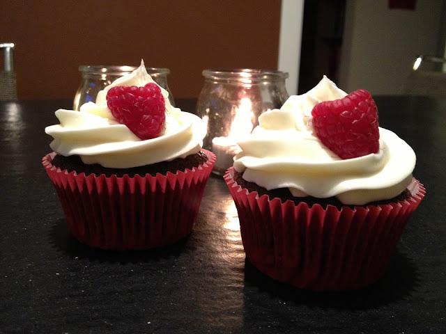 cupcakes al cioccolato con lamponi