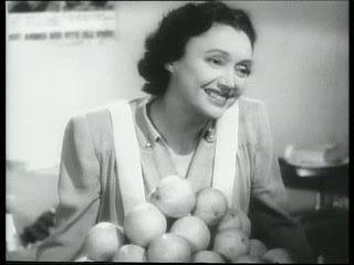 Imagen 5 - Tres días de amor y fe | 1943 | Stage Door Canteen