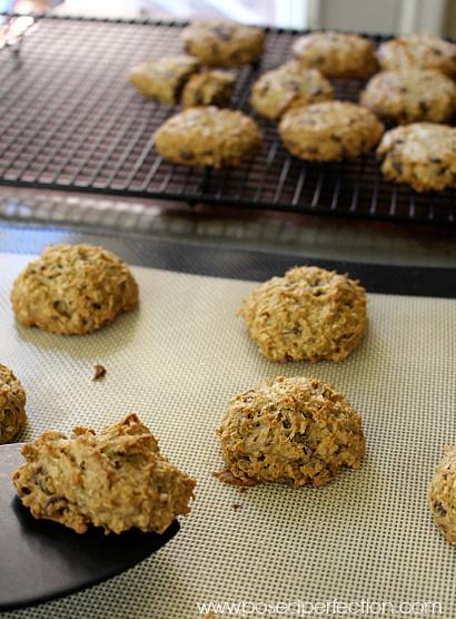 Avocado Chocolate Chip Oatmeal Cookies process.