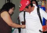 Sonia Cuevas Dirigente Estatal CNC entrega aspersoras Calkiní.13jul11.
