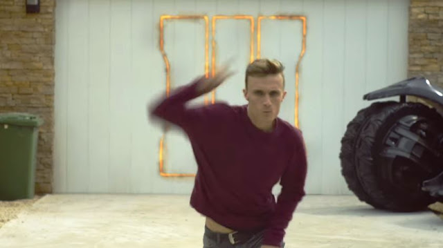 canzone pubblicita ps4 playstation 4 ballerino