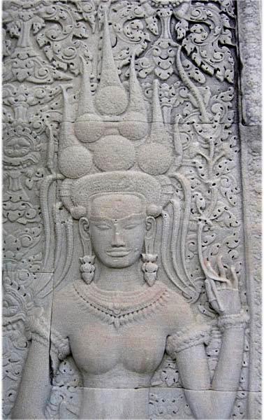 apsara-rambha-bas-relief-angkor-vat