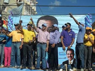 Danilo recibe apoyo masivo de Juventud en Circunscripción 2 Santo Domingo Este